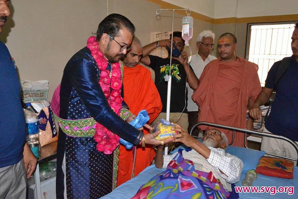 Swaminarayan Food Distribution to Patients