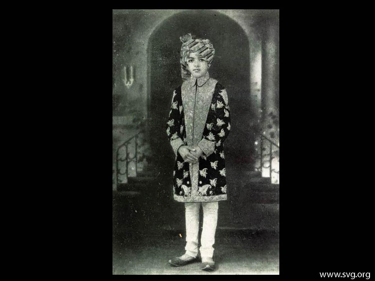 Acharya Shree Ajendraprasadji Maharaj - 69th Birthday(10)