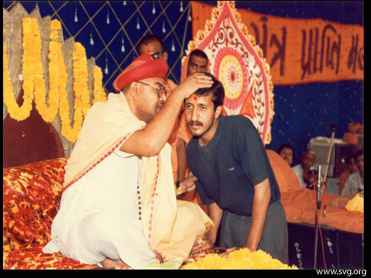 Acharya Shree Ajendraprasadji Maharaj - 69th Birthday(52)