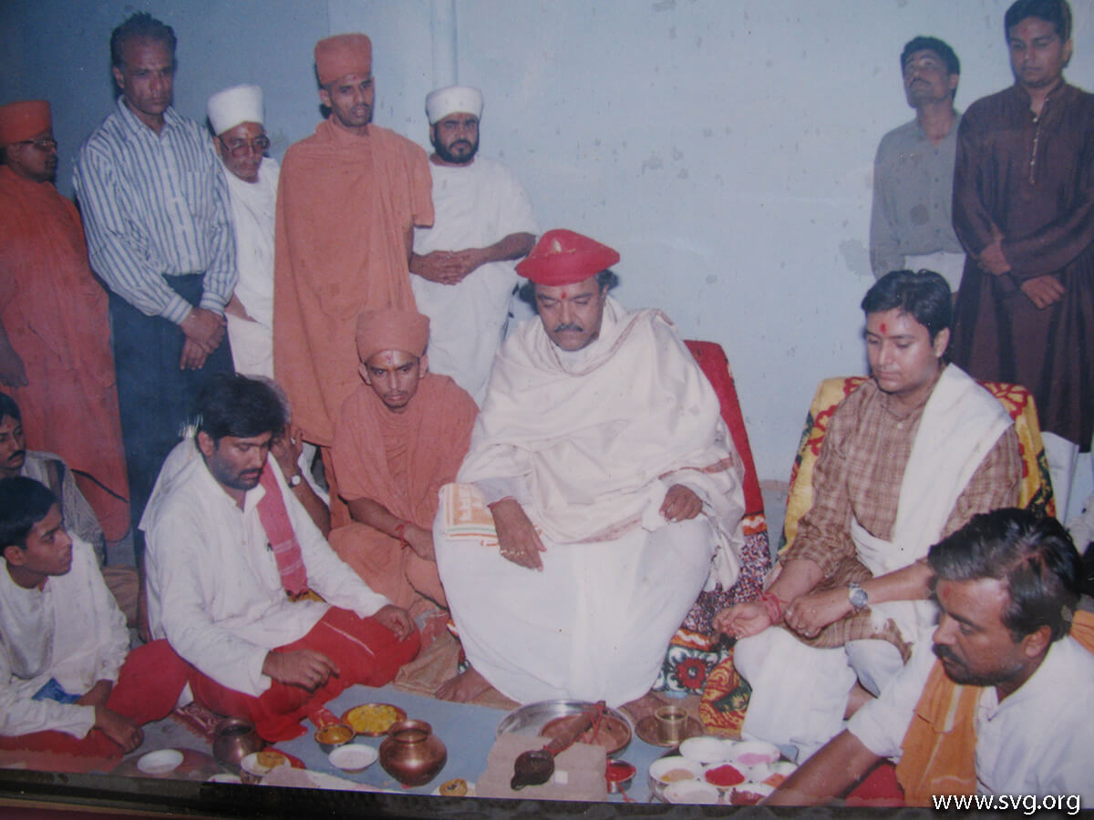 Acharya Shree Ajendraprasadji Maharaj - 69th Birthday(61)