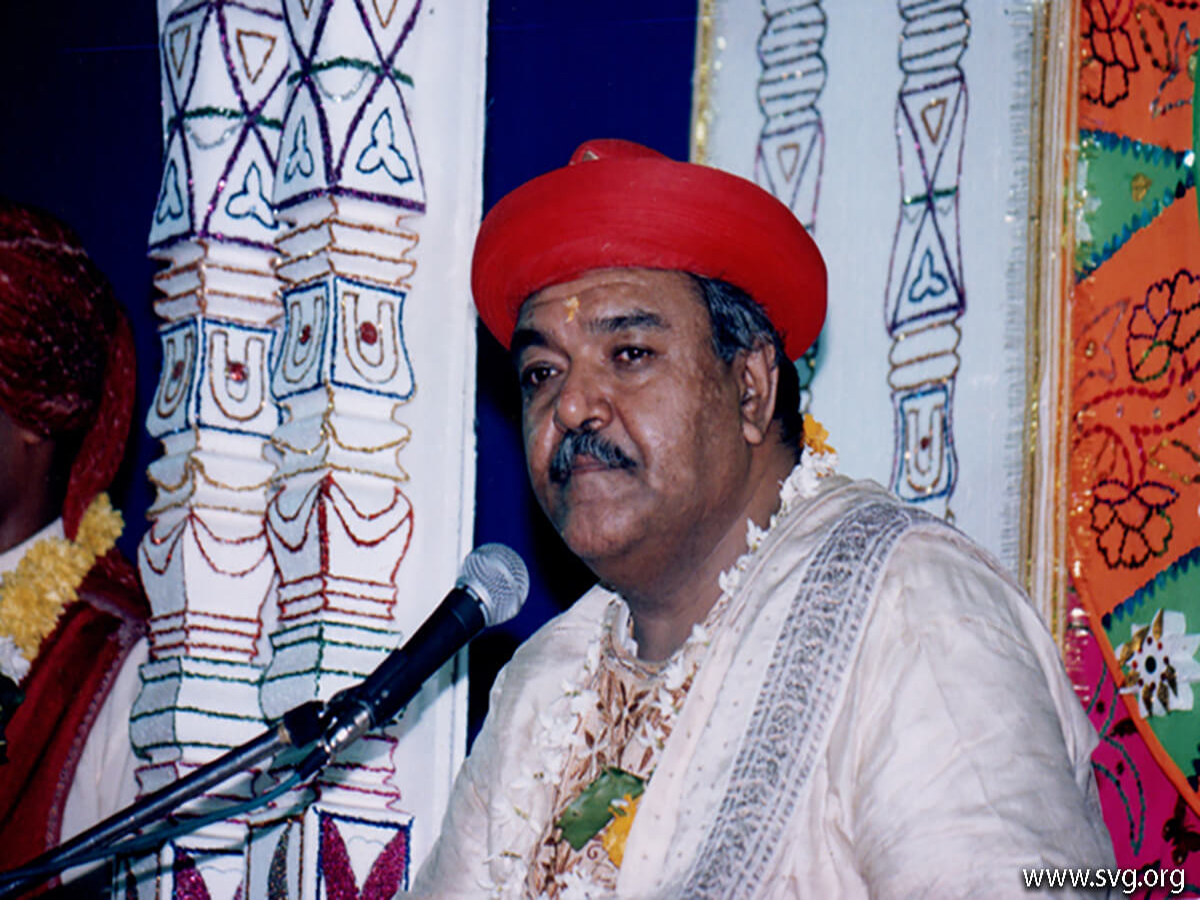Acharya Shree Ajendraprasadji Maharaj - 69th Birthday(67)