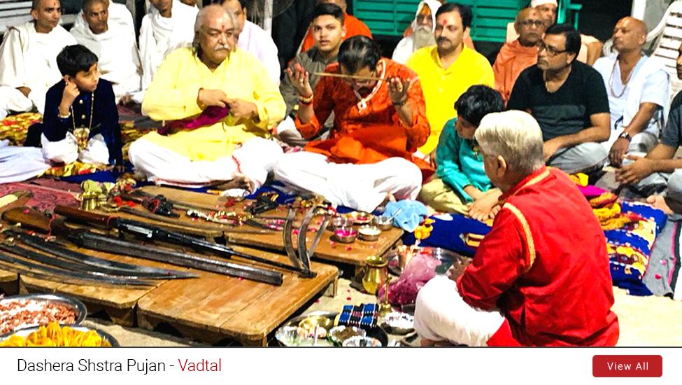 Vadtal : Dashera Shstra Pujan